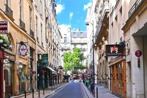 APPARTEMENT   95m2 secteur SAINT-GERMAIN-DES-PRES - Rue du Dragon