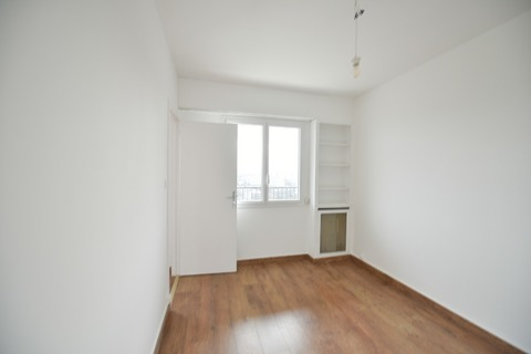 Location APPARTEMENT 3 pieces   à PARIS 13eme
