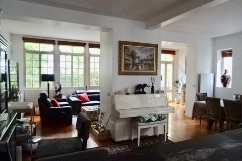 MAISON 7 pieces 212m2  à COURBEVOIE