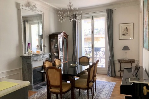 APPARTEMENT 5 pieces  129m2 à PARIS 9eme