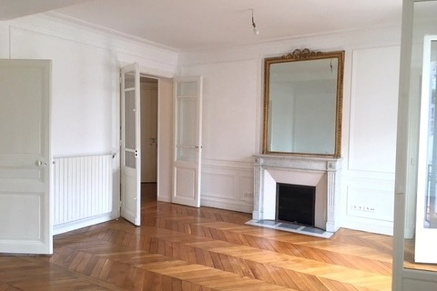 APPARTEMENT  comprenant 4 pieces  à PARIS 16eme