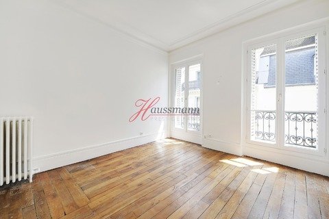 Vente APPARTEMENT  104m2 5 pieces à PARIS 3eme