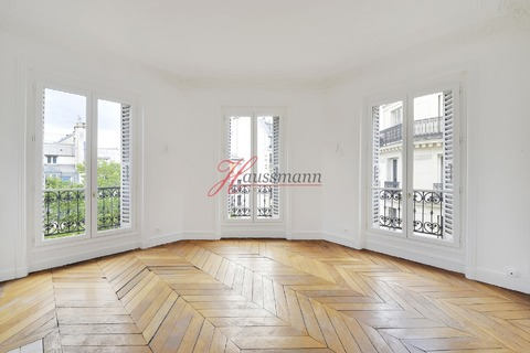 APPARTEMENT  5 pieces  à PARIS 3eme