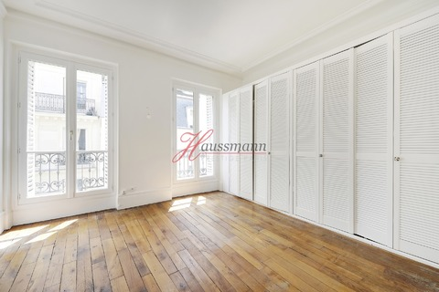 APPARTEMENT 4 chambres 5 pieces 104m2 75003 PARIS 3eme