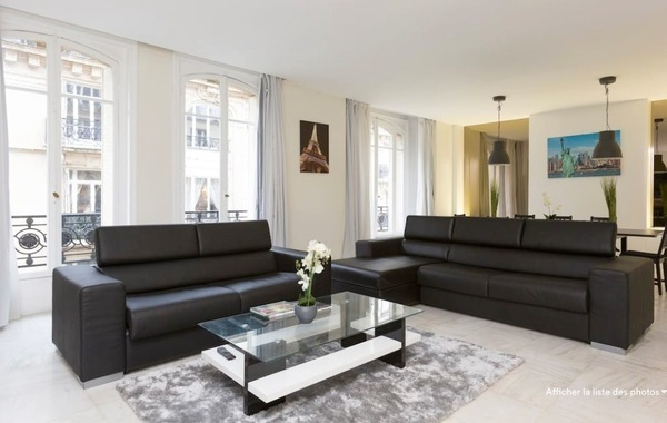 Location APPARTEMENT 187m2   à PARIS 16eme