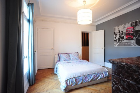 Vente APPARTEMENT 3 chambres 166m2  à PARIS 8eme