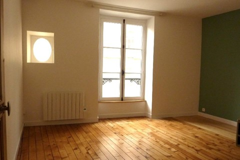 Location MAISON 140m2 comprenant 7 pieces
