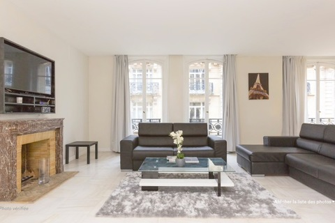 Location APPARTEMENT 5 pieces comprenant 5 pieces 187m2 à PARIS 16eme