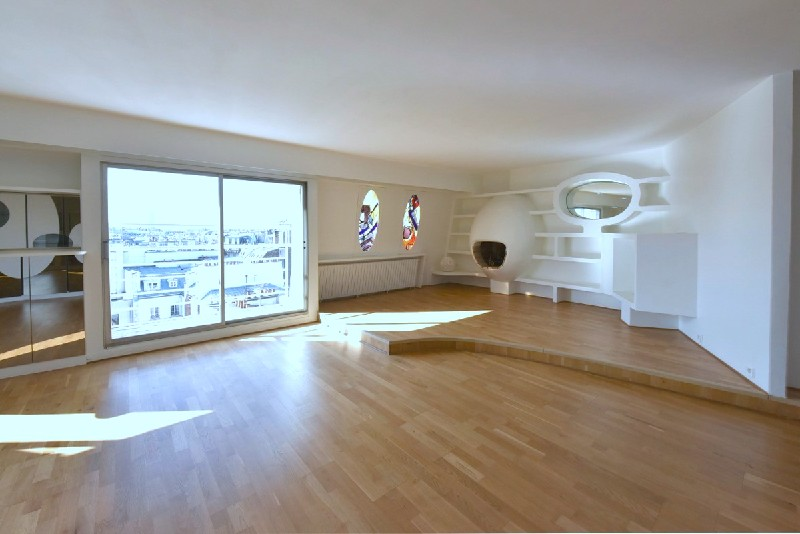 For Rent Paris 9th 34 Room Of 90 Sqm With Balcony Metro Saint Georges