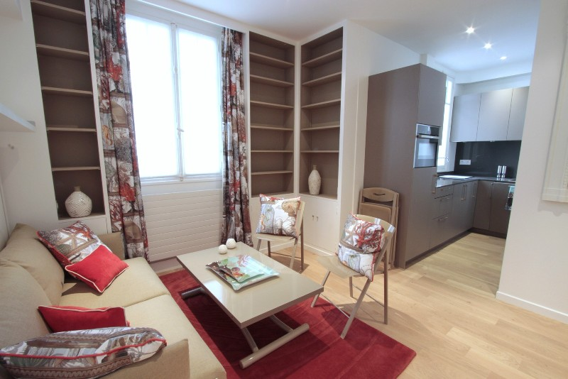 Furnished One Room Luxury Apartment Rue Fabert